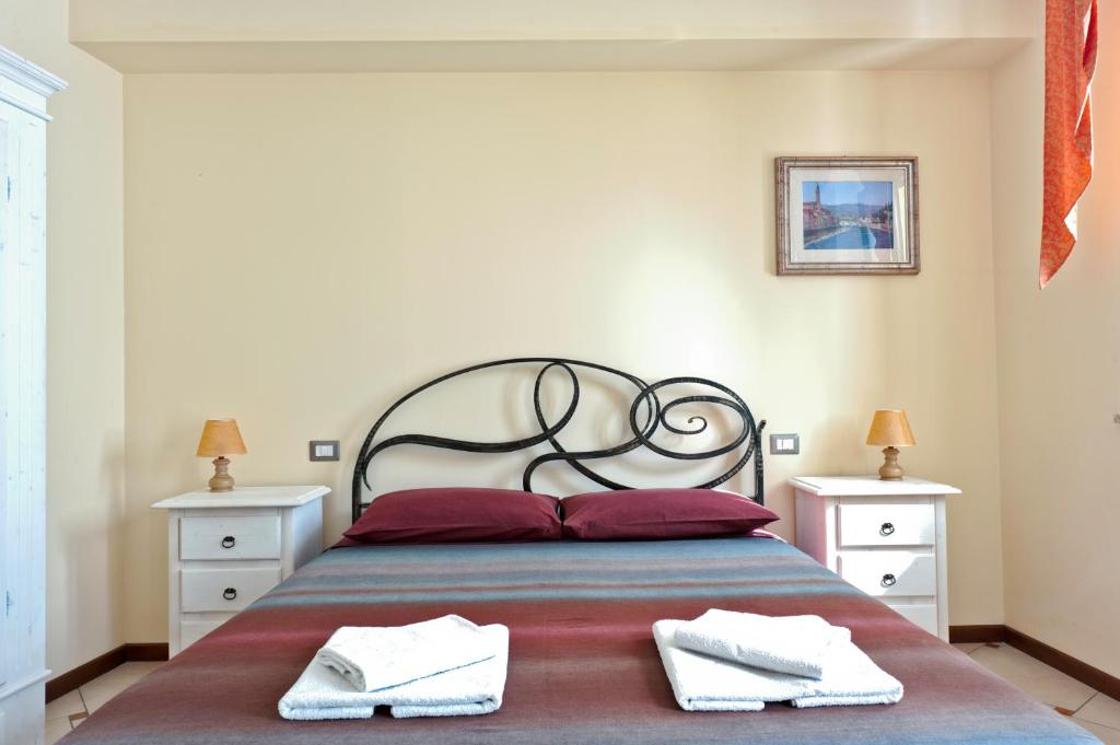 A bed or beds in a room at B&B 2 Terrazze