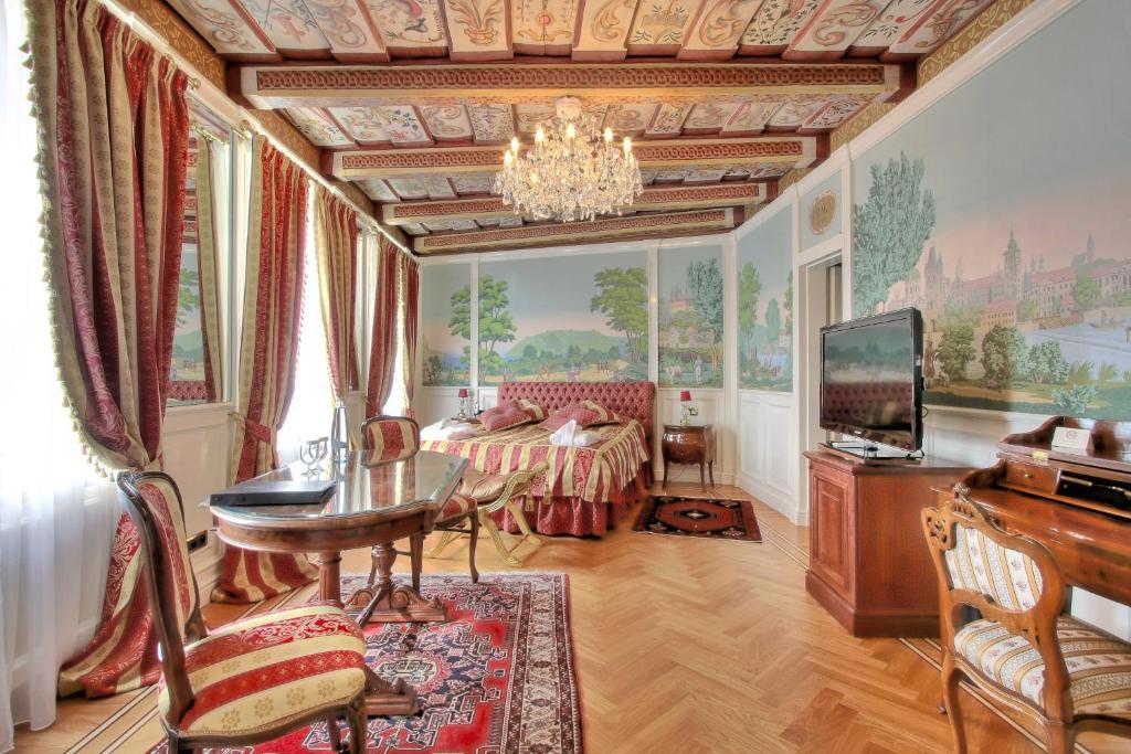 A seating area at Alchymist Prague Castle Suites