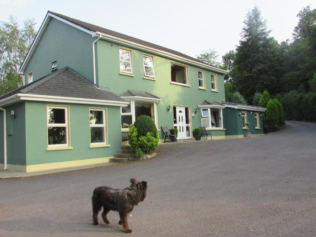 Tubrid Cottage (ref W32176) in Kenmare, County Kerry