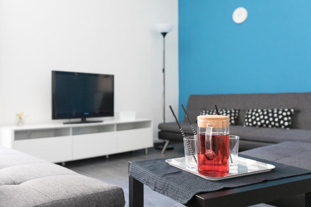 TV in/ali zabaviščno središče v nastanitvi Apartment V8