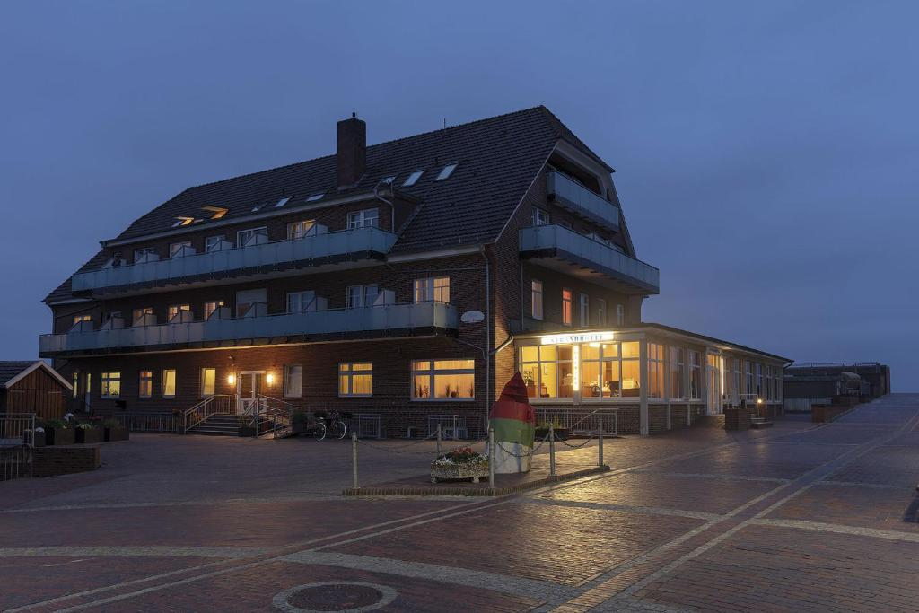 Strandhotel Wietjes Baltrum Germany Booking Com
