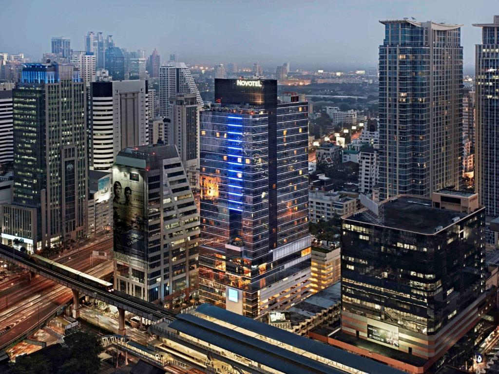 A bird's-eye view of Novotel Bangkok Ploenchit Sukhumvit
