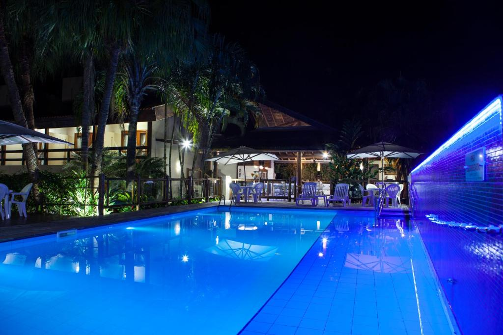 A piscina localizada em Pousada Sol e Mar ou nos arredores