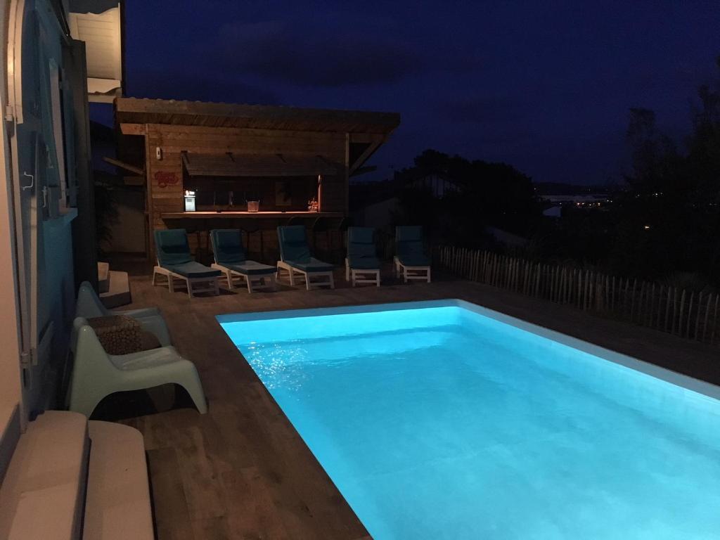 Plan Ou Photo Pool House Pour Piscine villa 12 pers piscine chauffée couverte ou non, 2km mer, golf