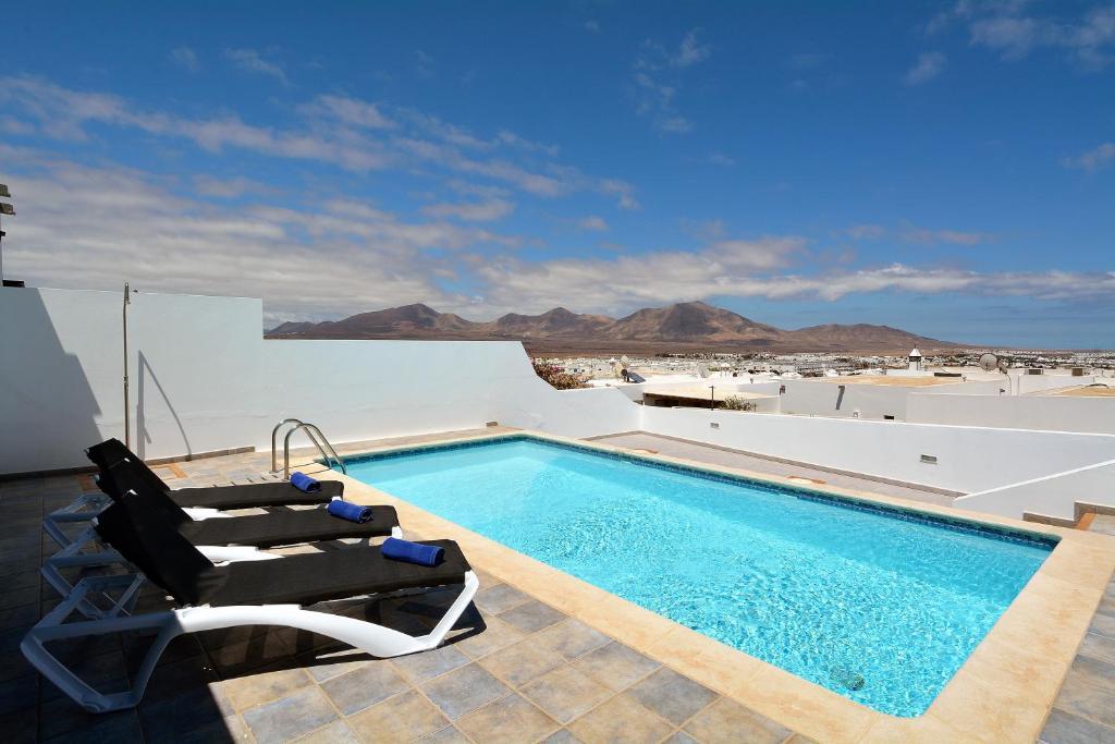 Villa Little Town Private Pool Playa Blanca Spain Booking