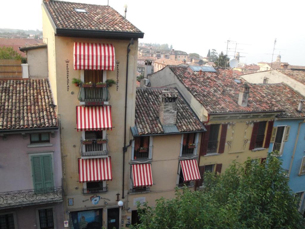 Via Durighello Desenzano Del Garda bed and breakfast the tower of the old king, desenzano del