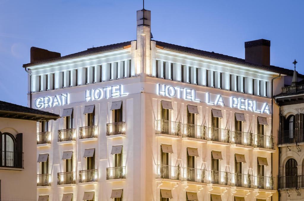 Gran Hotel La Perla (España Pamplona) - Booking.com