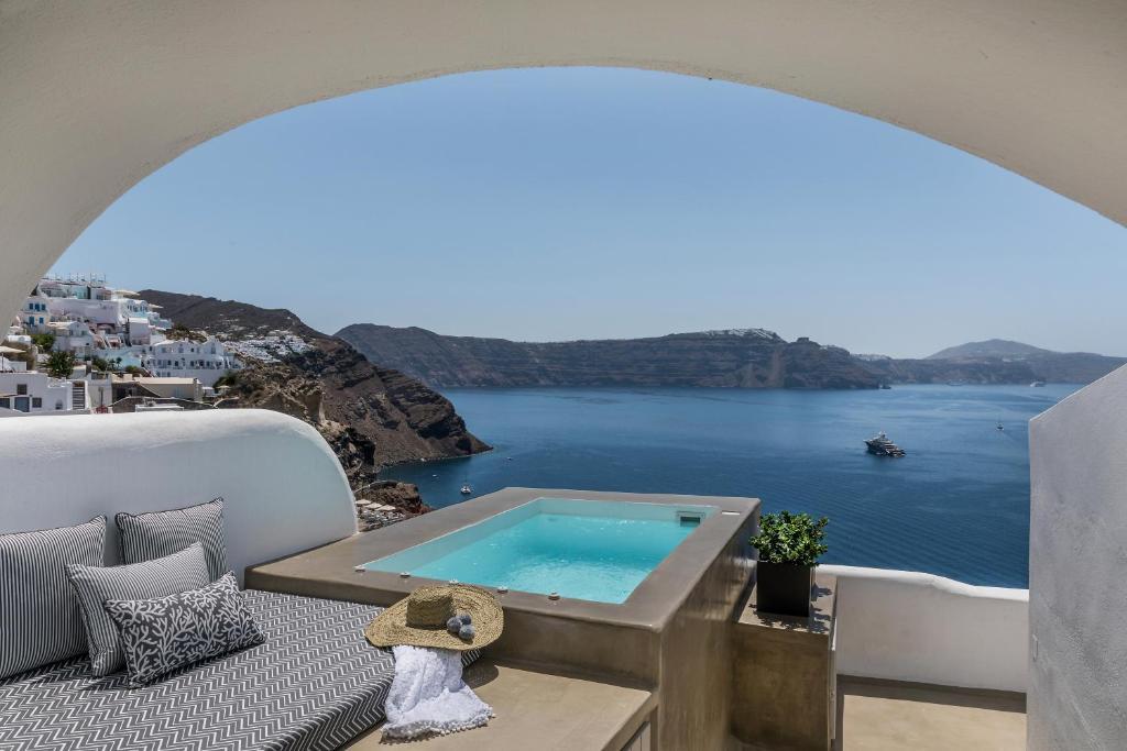 Villa 3 Caves By Caldera Houses Oia Greece Booking Com