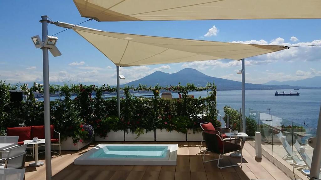 Grand Hotel Vesuvio Napoli Prezzi Aggiornati Per Il 2020
