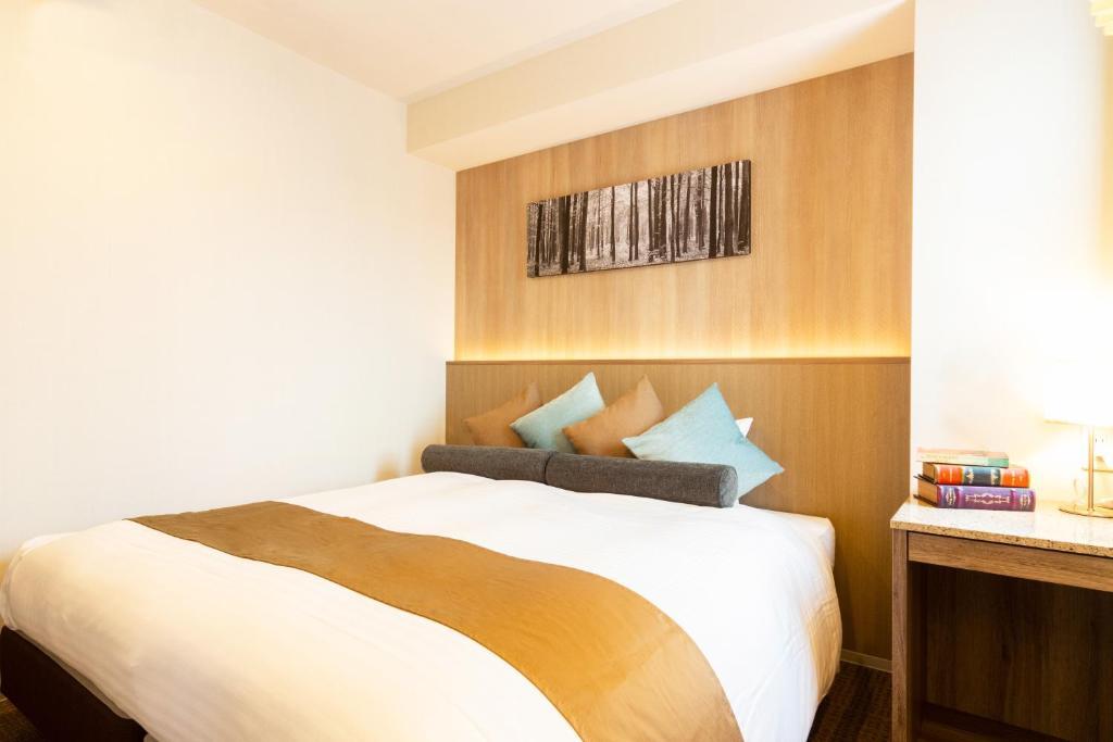 日本橋水晶Ⅱ酒店房間的床