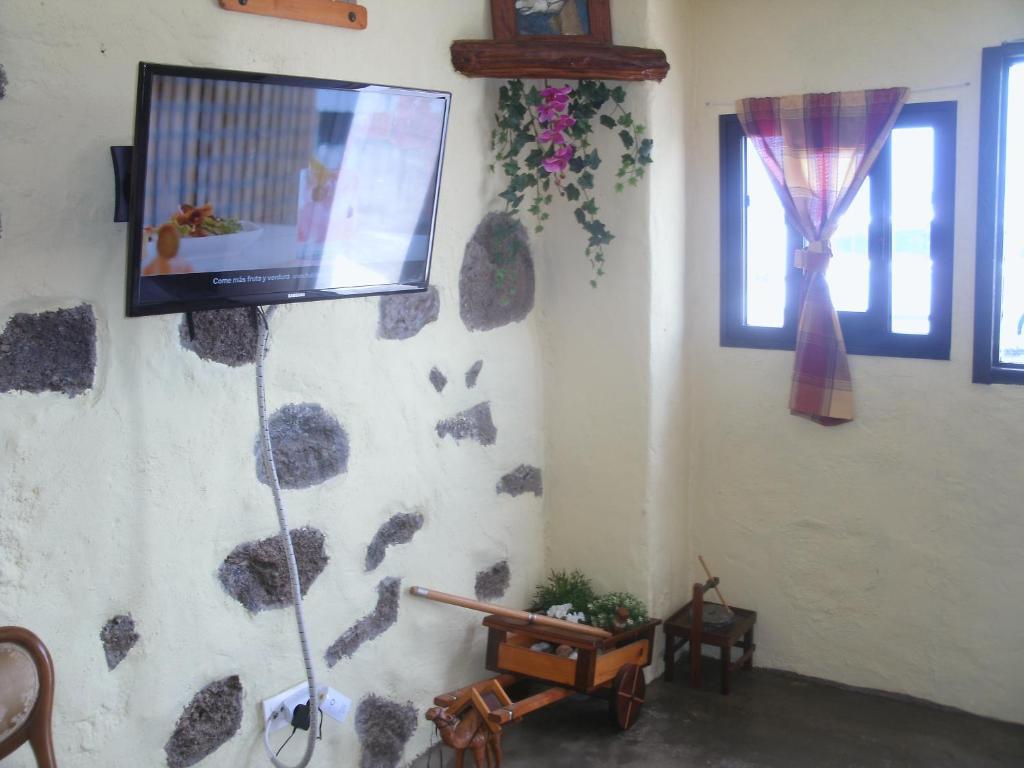 Telewizja i/lub zestaw kina domowego w obiekcie Satorno home