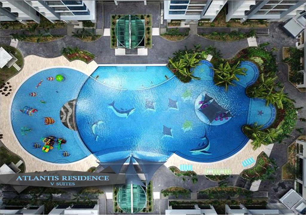 A view of the pool at Atlantis Residence By V SUITES or nearby