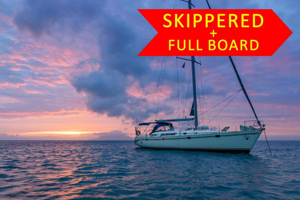 Baden Seyscapes Yacht Charter Tina Seychellerne Victoria
