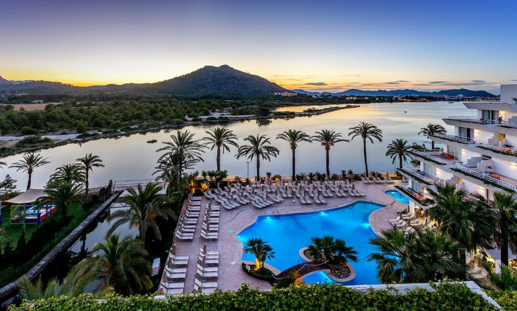 A view of the pool at Viva Eden Lago - All Inclusive or nearby