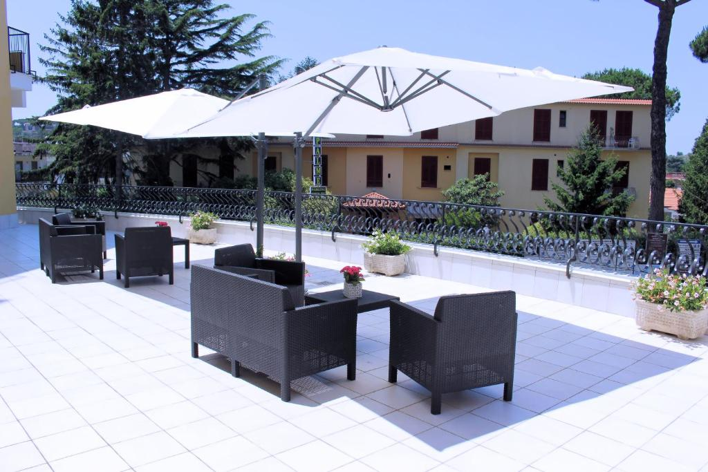 Guesthouse Sireniamo Holiday House Sant'agata Sui Due Golfi