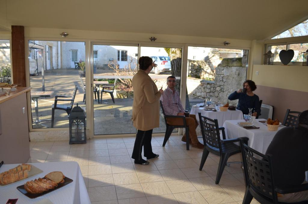 Guesthouse Domaine Les Jourdis Les Leves Et Thoumeyragues