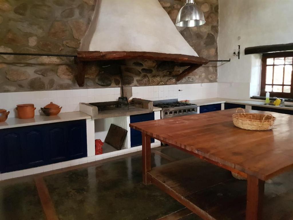 A kitchen or kitchenette at El Molino de Cachi