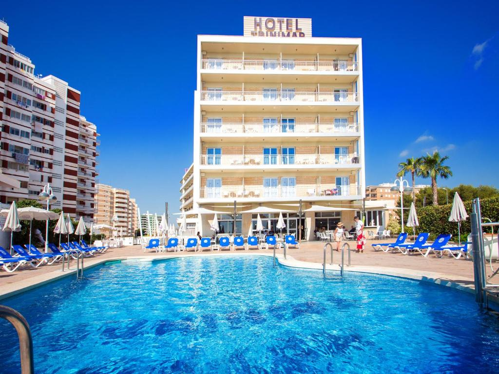 The swimming pool at or near Hotel Servigroup Trinimar
