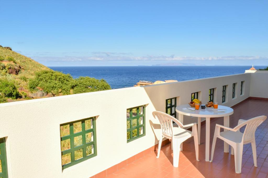 A balcony or terrace at Top Sea View Duplex