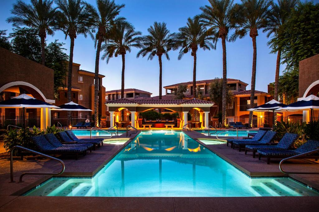 The swimming pool at or near Luxury Condos by Meridian CondoResorts- Scottsdale