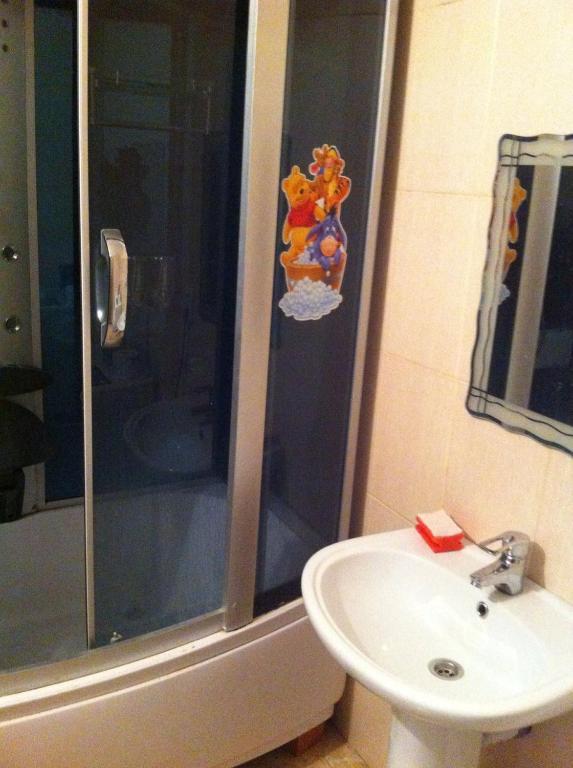 Ванная комната в Apartment on Zhukova 48