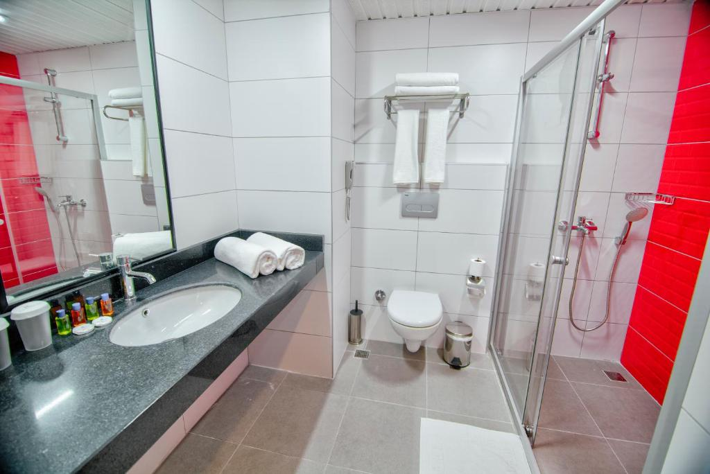 Ванная комната в Ramira City Hotel - Adult Only (16+)