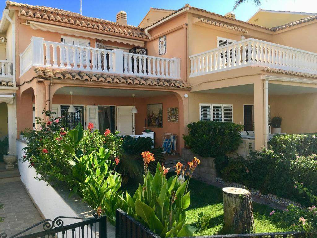 Vakantiehuis Casa de Playa en Urbanización de Lujo en ...
