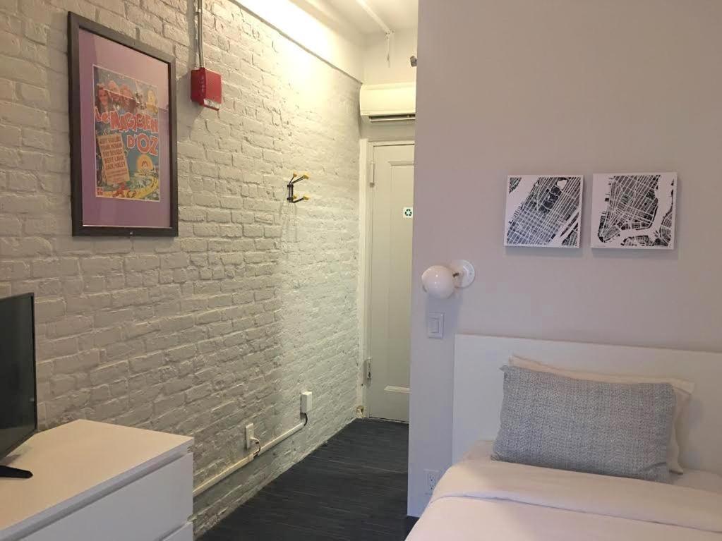 A bathroom at Chelsea Pines Inn