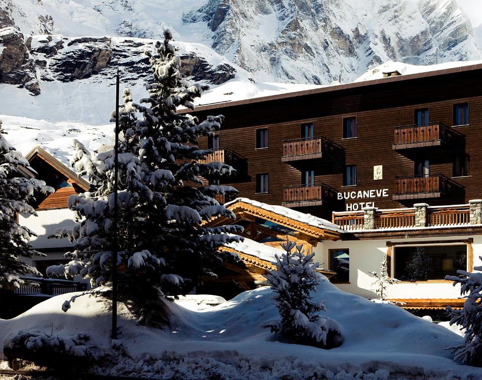 Hotel Bucaneve a l'hivern