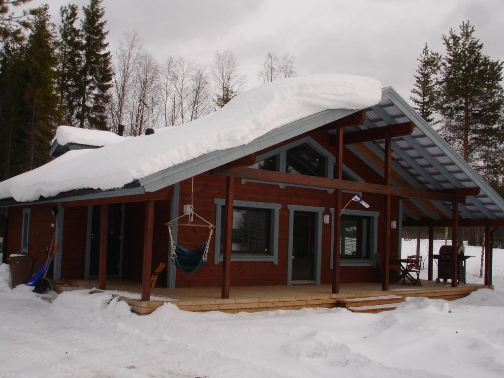 Aamuruskon Ukkola Cottage en invierno