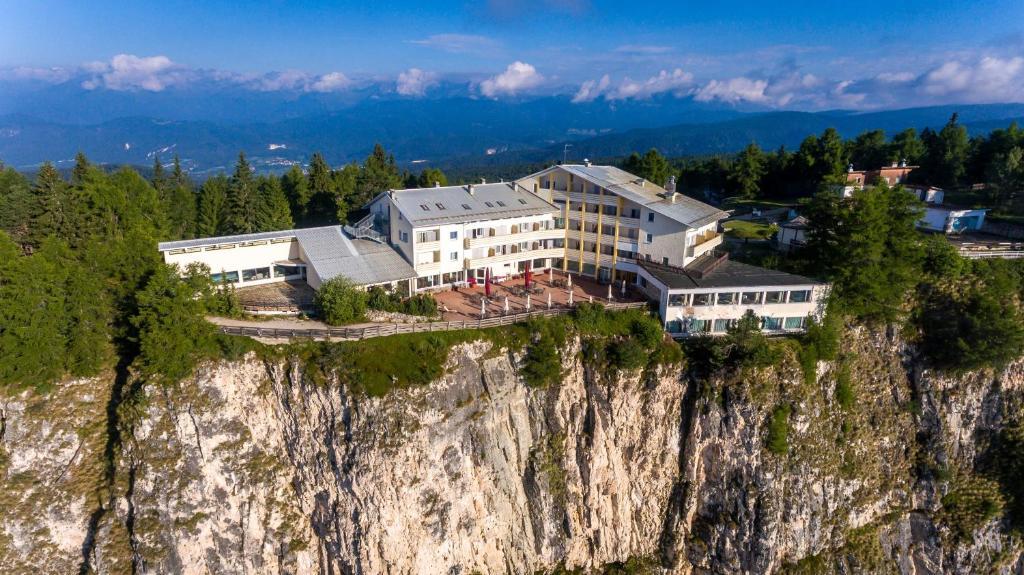 Panorama Hotel Penegal Mendola Italy