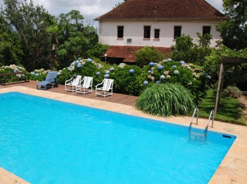 A piscina localizada em Pousada Don Giovanni ou nos arredores