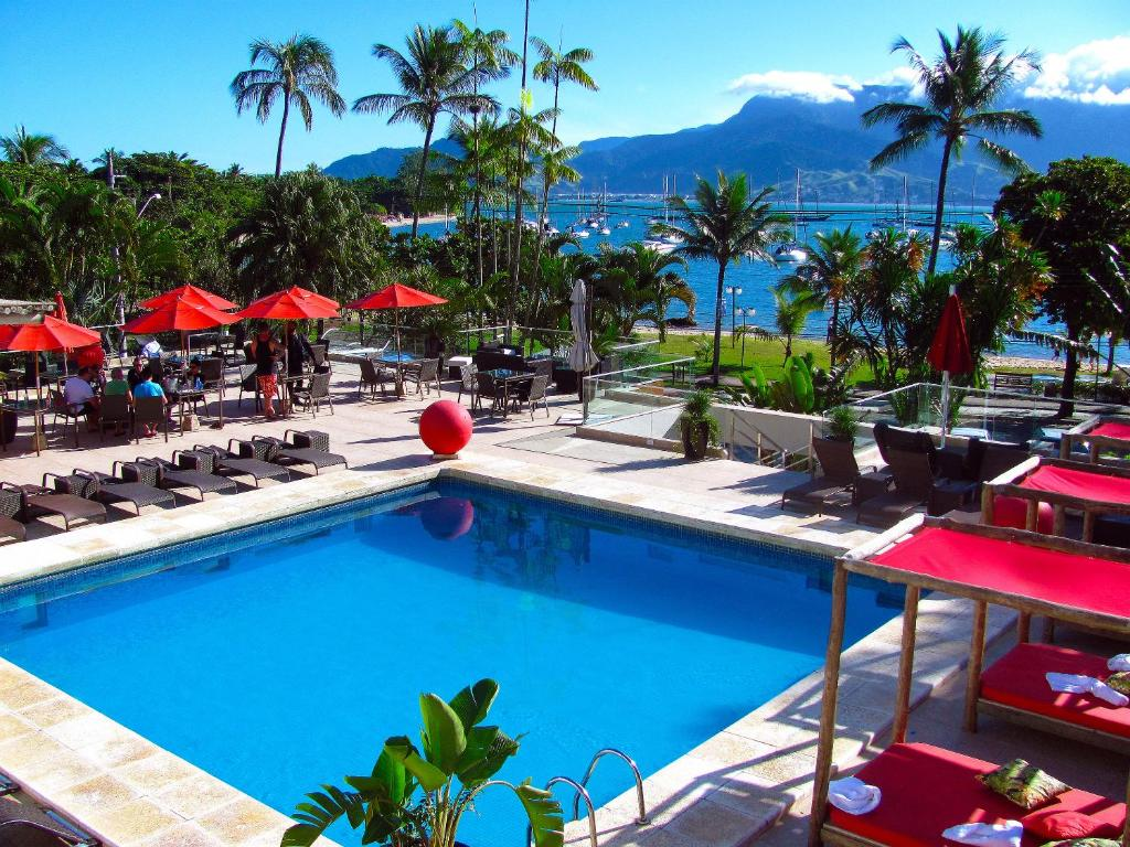 A view of the pool at Hotel Itapemar - Ilhabela or nearby