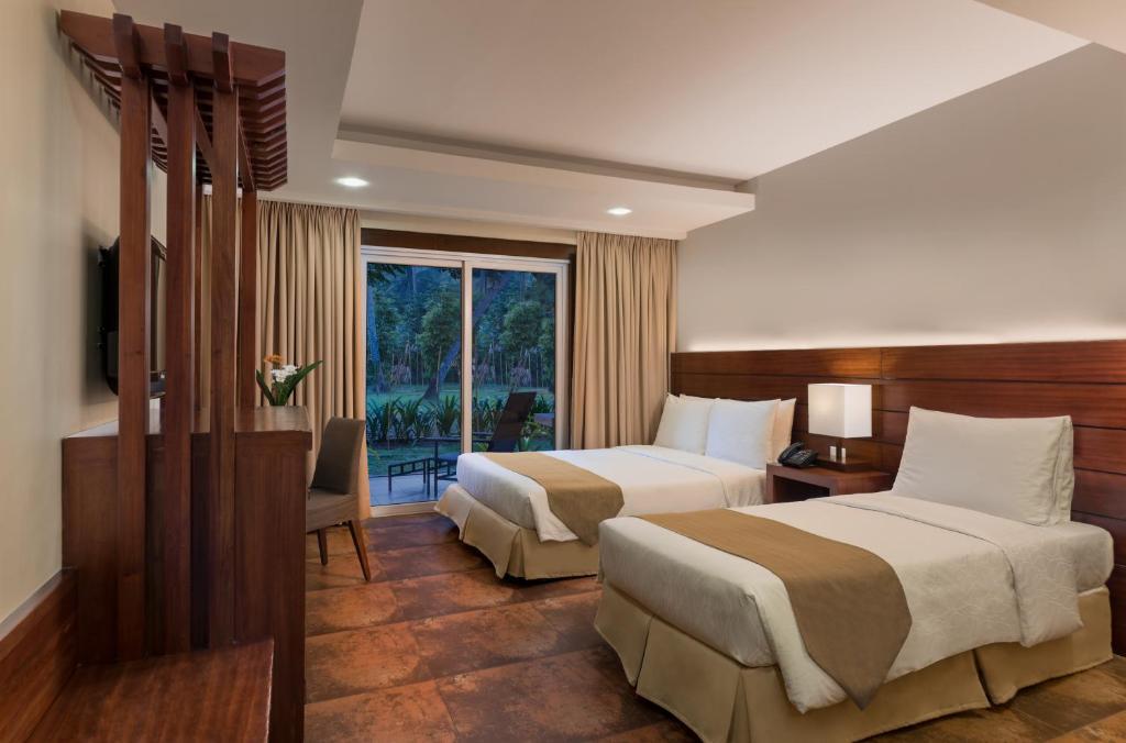 Sheridan Beach Resort Sabang Philippines Booking Com