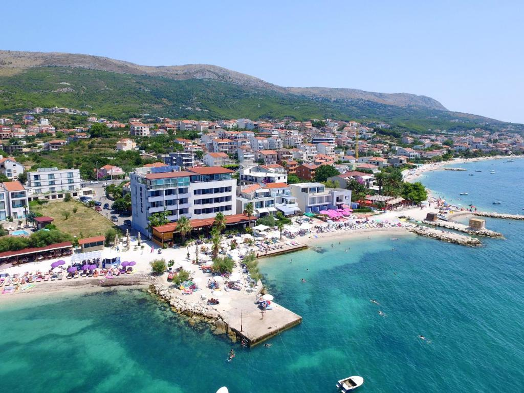 Hotels In San Antonio >> Hotel San Antonio Podstrana Croatia Booking Com