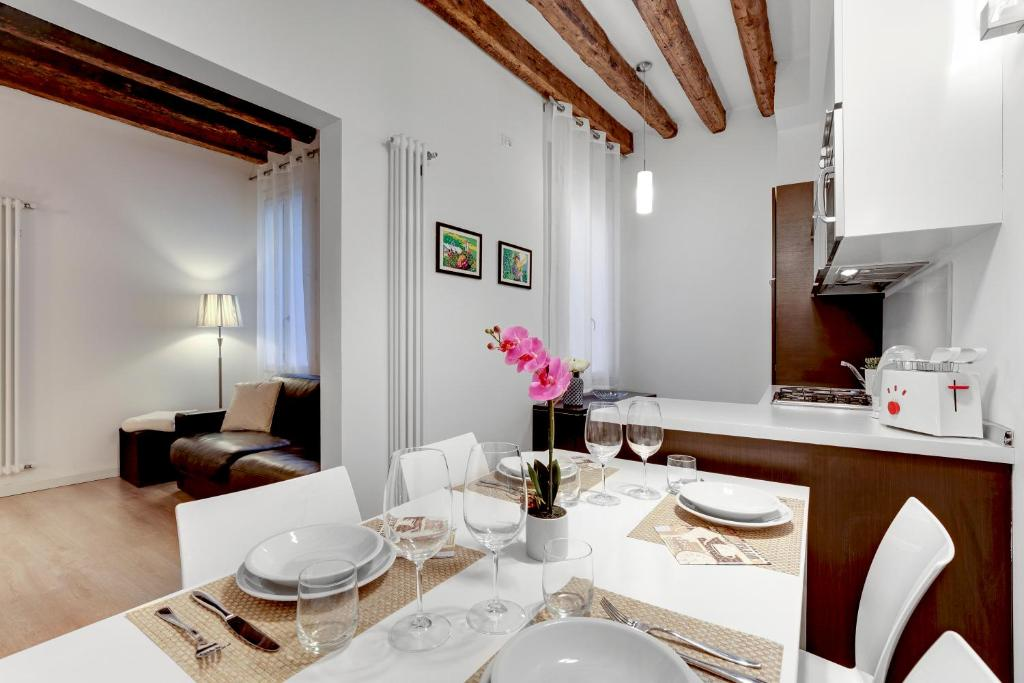 Botteri Palace Apartments - Faville