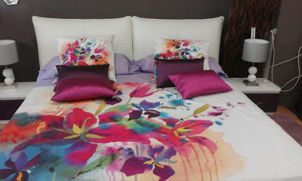 A bed or beds in a room at Villa Montecristo Ibiza