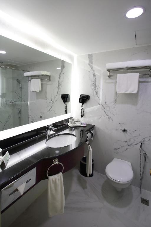 هتل کورس کوالالامپور