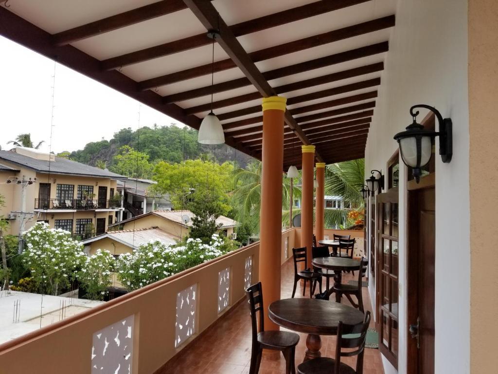 Kumara Guest House Sri Lanka Unawatuna Booking Com