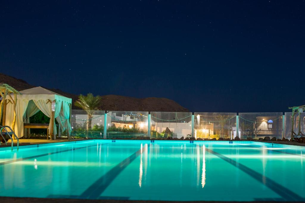 The swimming pool at or near Canyon apartments and rooms