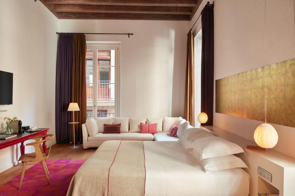 boutique hotels barcelona  253
