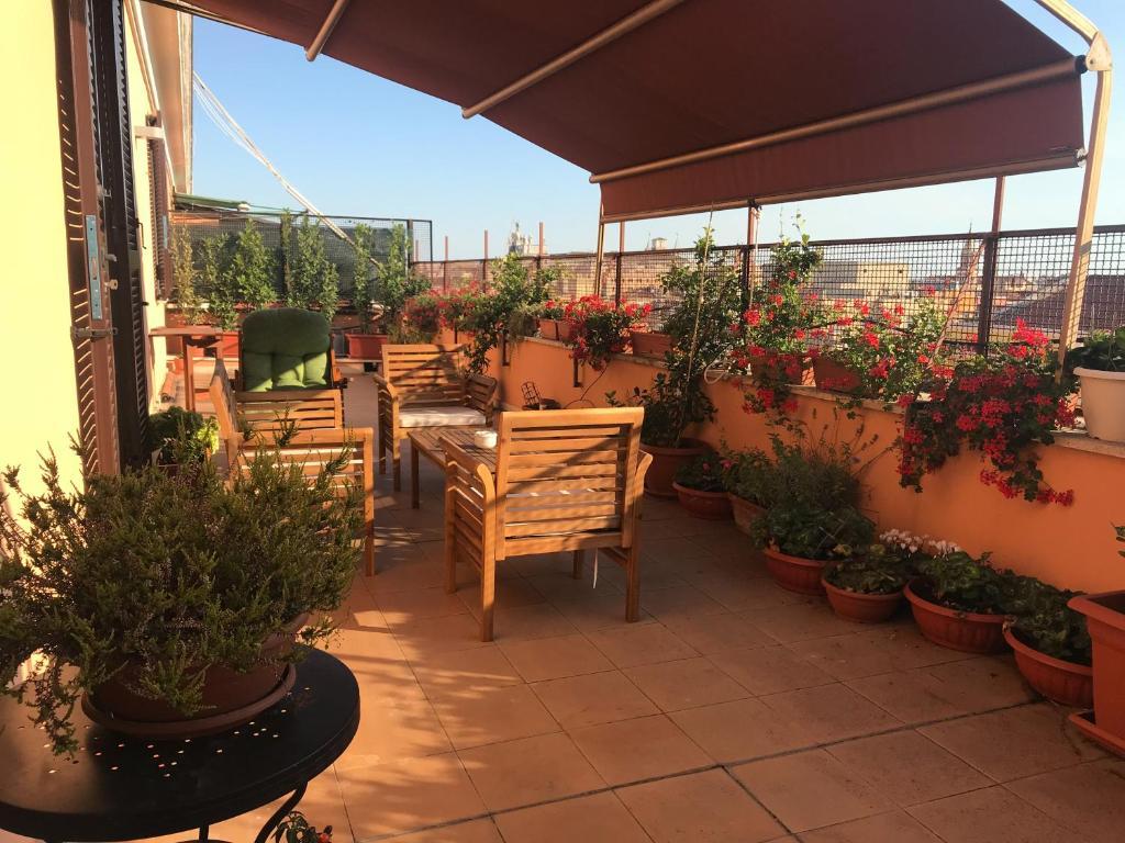 La Terrazza Di Evelina Guest House Rome Italy Booking Com