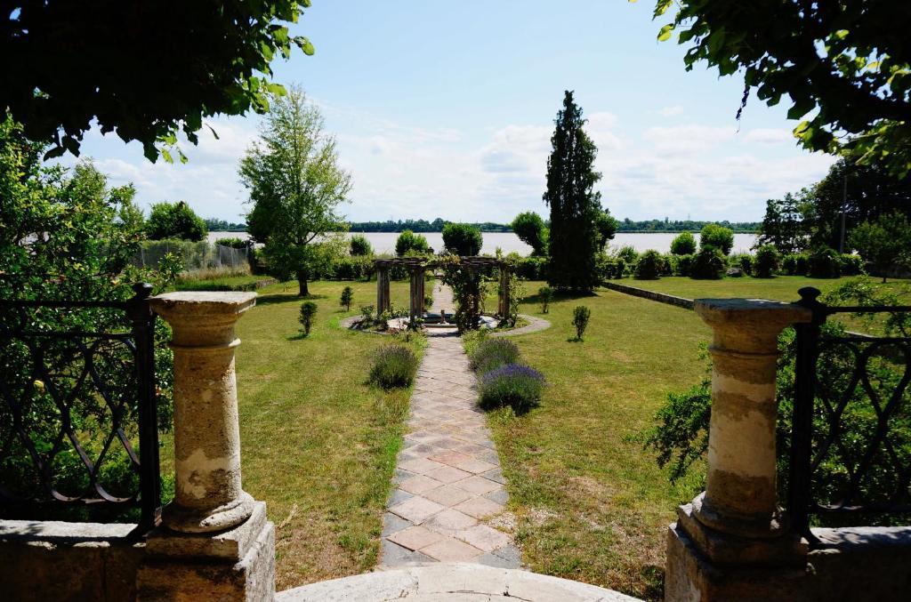 Jardin de l'établissement Villa Bacchus