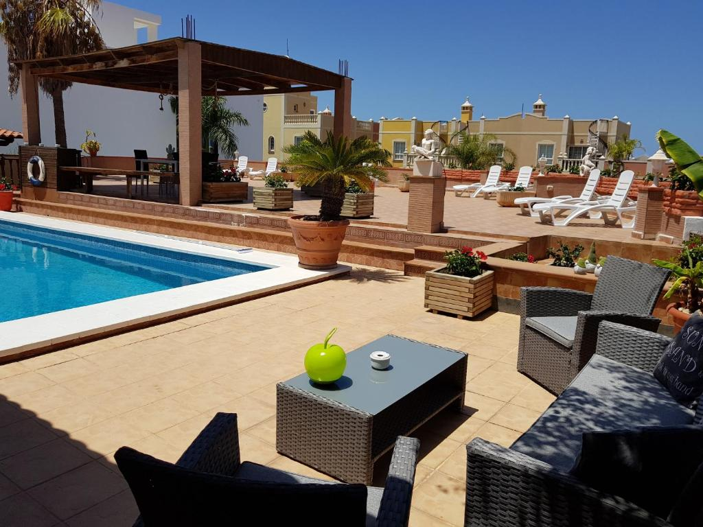B&B tenerife sur Villa Paloma, Palm-Mar, Spain - Booking.com