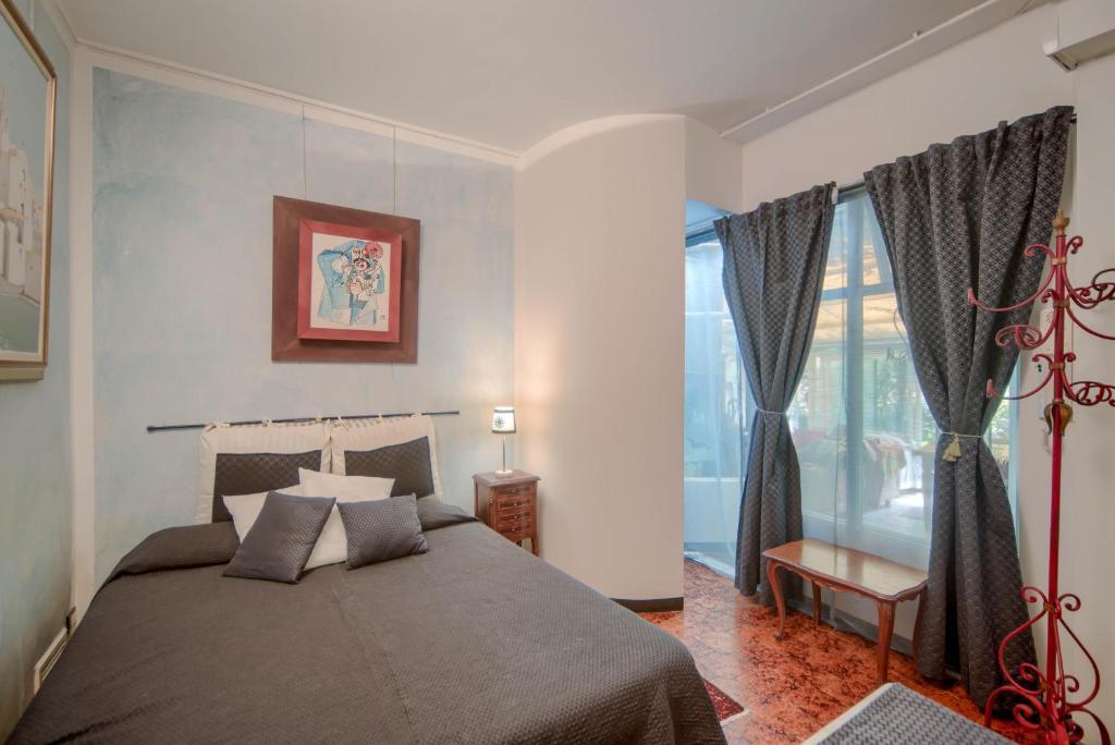 Camera Da Letto Matrimoniale A Genova.Villa Azzurra Genova Resort B B Accomodations Genova Prezzi