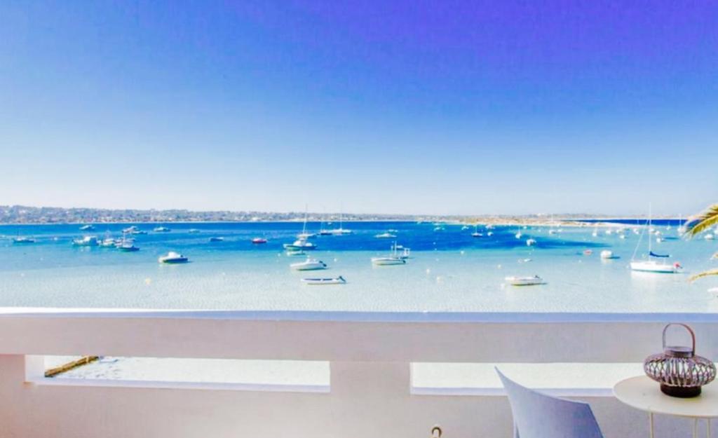 FORMENTERA WHITE ESTUDIOS, La Savina – Prezzi aggiornati per ...