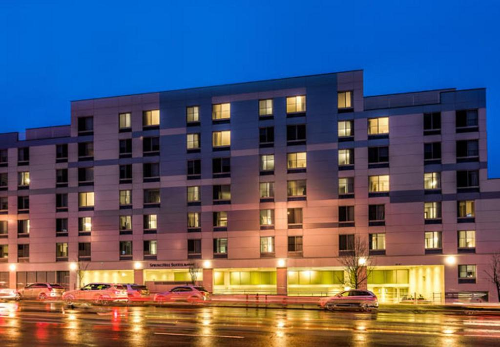 Hotel Springhill Suites Corona New York Queens Ny