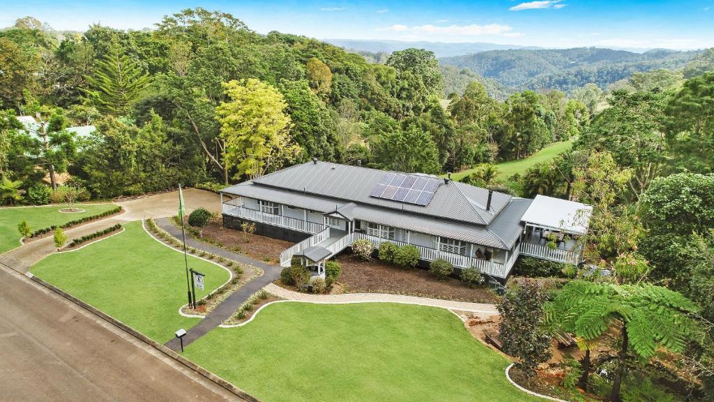 A bird's-eye view of Avocado Grove BnB