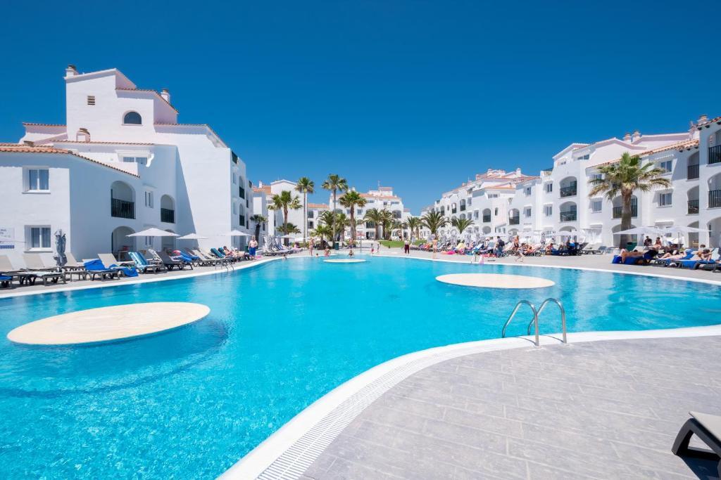 Hotel Carema Beach Menorca, Cala en Bosc, Spain - Booking.com
