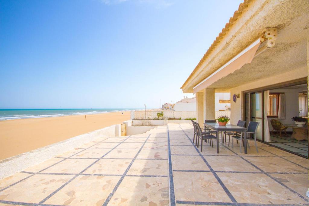 Villas en primera linea de playa para alquilar